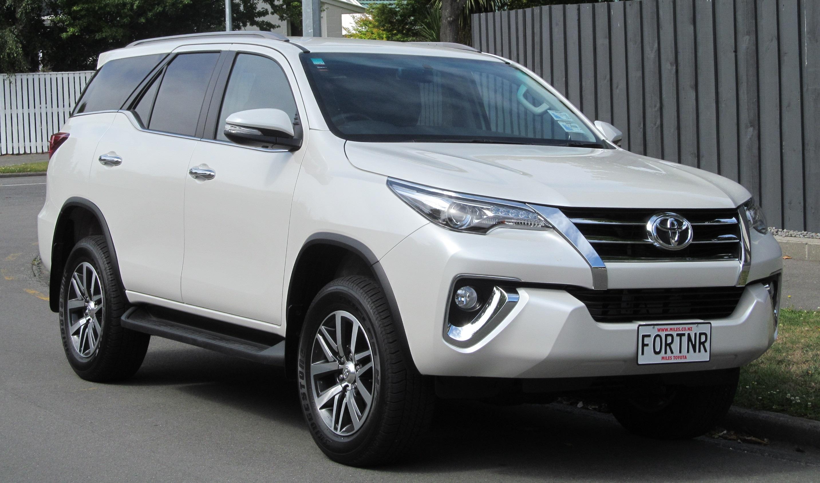 Toyota Fortuner 2017