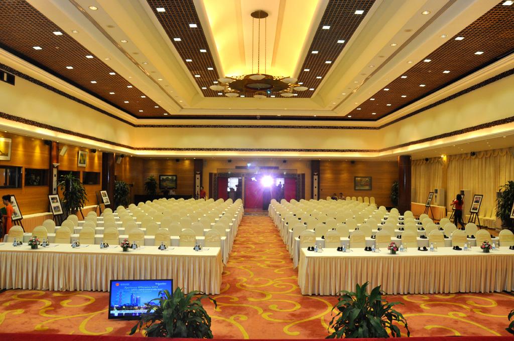 Du lịch kết hợp hội thảo, hội nghị