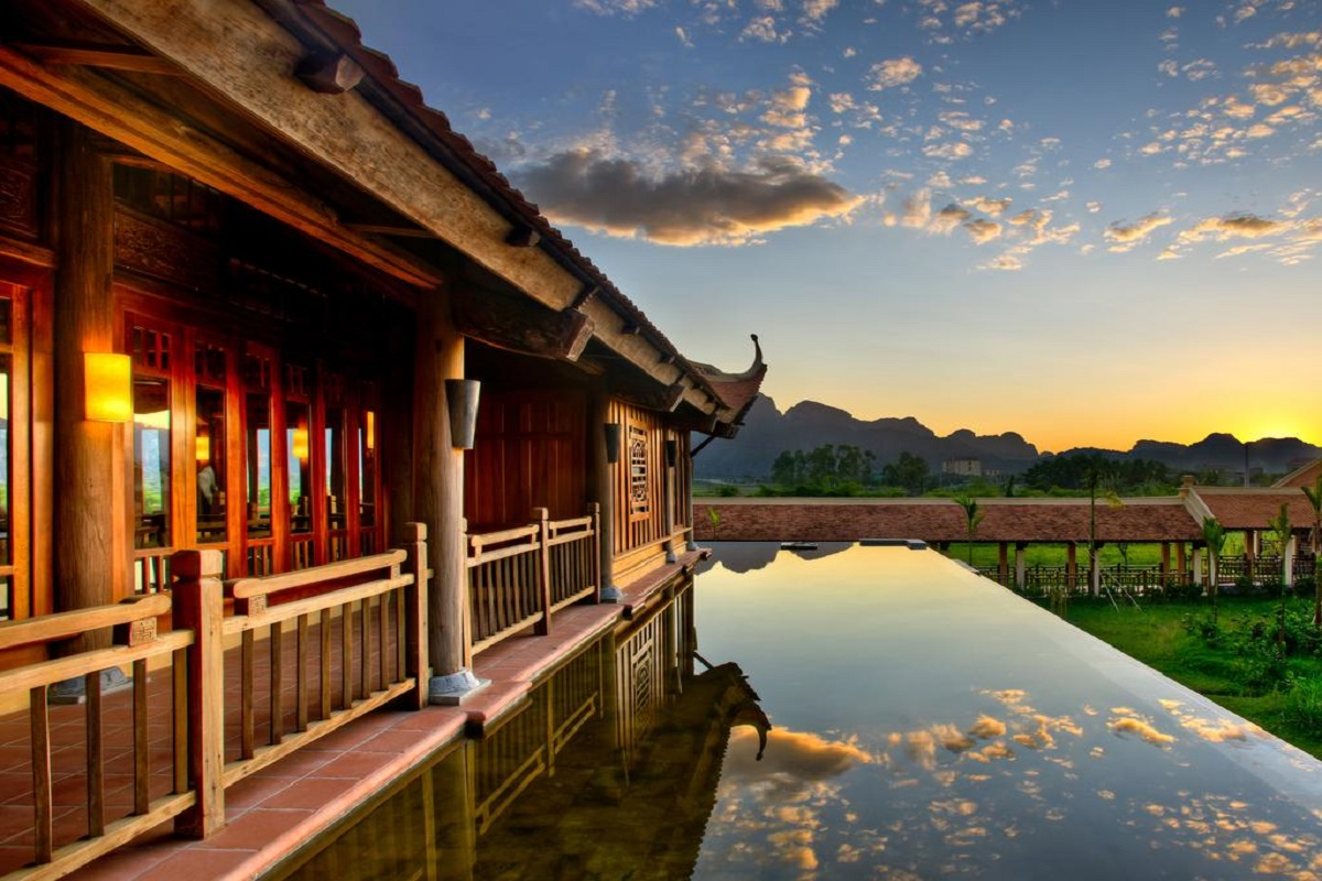 Ninh Bình và thiên đường nghỉ dưỡng Emeralda resort