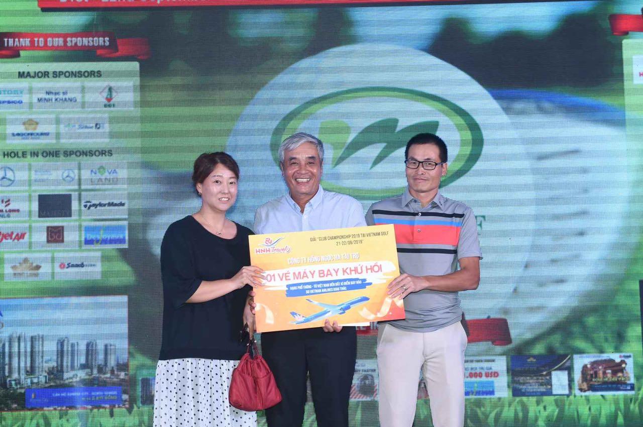 Hồng Ngọc Hà Hân Hạnh Đồng Hành Giải Golf Club Championship 2019