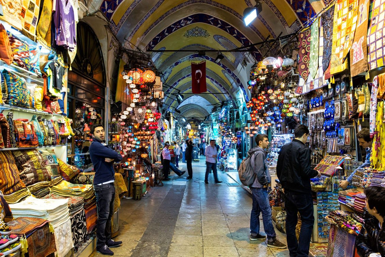 Grand-Bazaar---Instanbul-HNHtravel