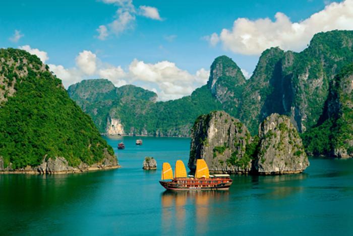 Du lịch di sản: Vịnh Hạ Long